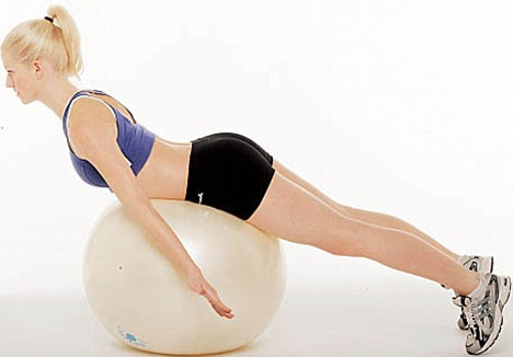 back-extension-on-the-swiss-ball